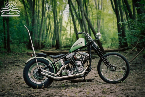 Mustari Shovelhead Wishbone Springer Chopper